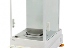 常衡提供 十万分之一天平 内置砝码自动校准 多种称量单位  防静电玻璃